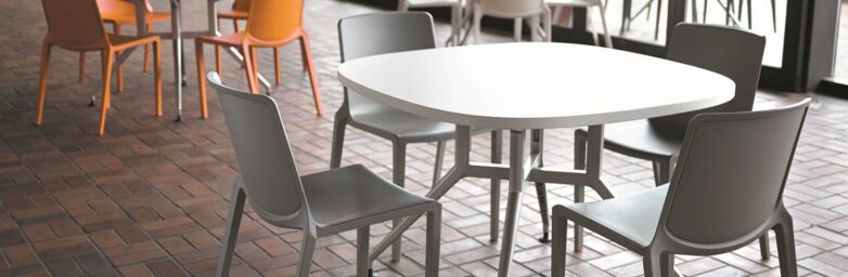 Plaza Cafe | Huddle Furniture