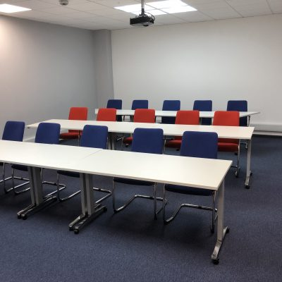 Flexible Training Room Tables and Chairs | Huddle Furniture